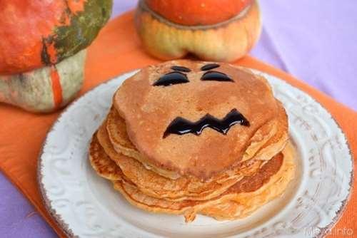 Dolci di Halloween ricette Pancakes alla zucca