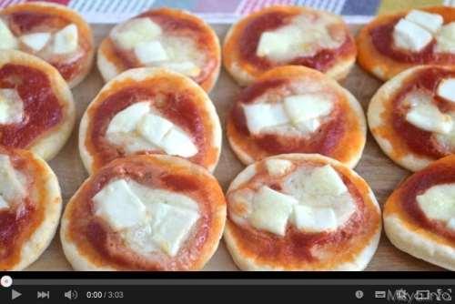 Videoricette ricette Video ricetta pizzette al Philadelphia