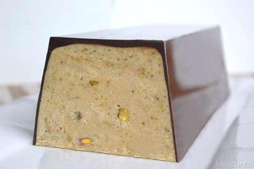 Dolci di Halloween ricette Torrone morbido al pistacchio