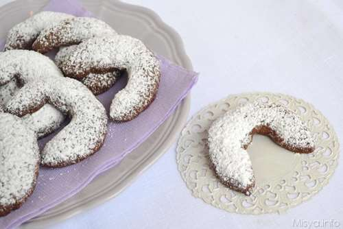 Biscotti semplici ricette Vanillekipferl al cacao