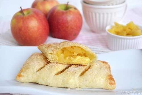 ricette Strudel con mele e crema