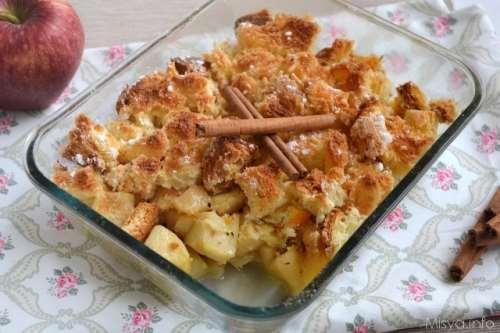 Dolci di Pasqua ricette Crumble di mele e colomba