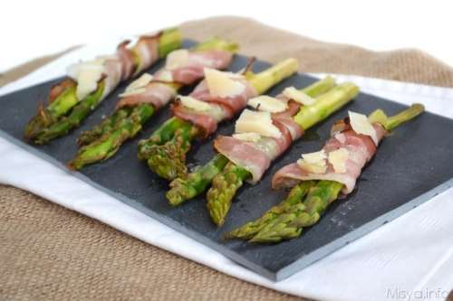 Ricette  Asparagi avvolti in pancetta