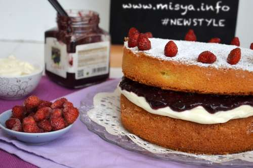 dal mondo ricette Victoria sponge cake