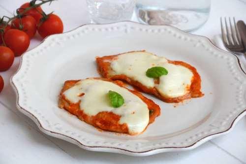 Secondi piatti ricette Scaloppine alla pizzaiola