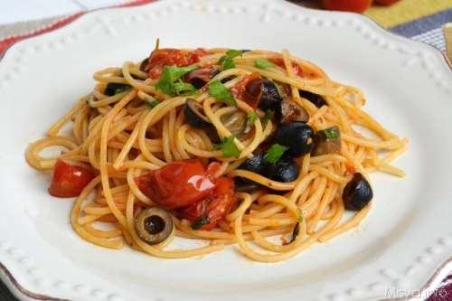 Ricette napoletane Spaghetti alla puttanesca