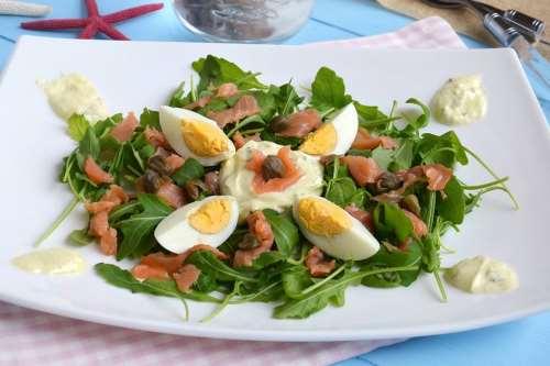 Ricette  Insalata con rucola e salmone