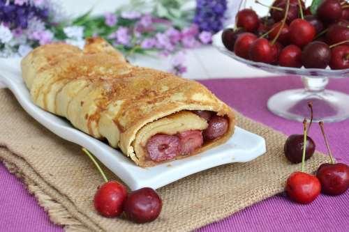 Dolci ricette Strudel alle ciliegie