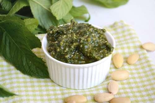 Ricette Salse e sughi Pesto di menta