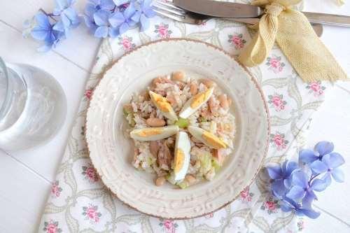 Ricette Primi piatti Insalata di riso con tonno e fagioli