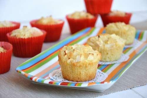 Dolci ricette Tortine di mele