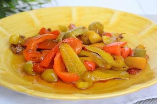 Ricette Vegetariane Peperoni in agrodolce