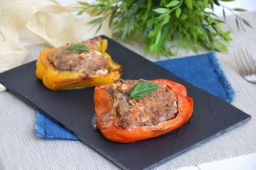Secondi piatti ricette Peperoni ripieni