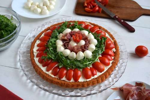 Ricette Torte salate Crostata salata a base morbida