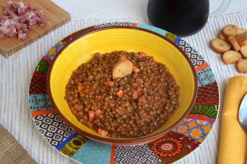 Minestre e zuppe ricette Zuppa di lenticchie