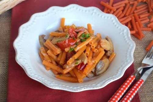 Pasta di lenticchie con i funghi