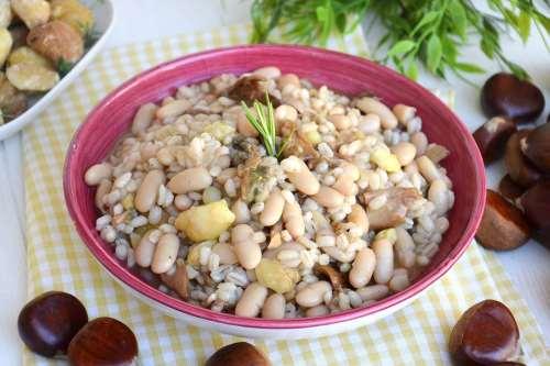 ricette Zuppa di orzo e castagne