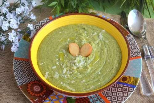 Minestre e zuppe ricette Vellutata di broccoli