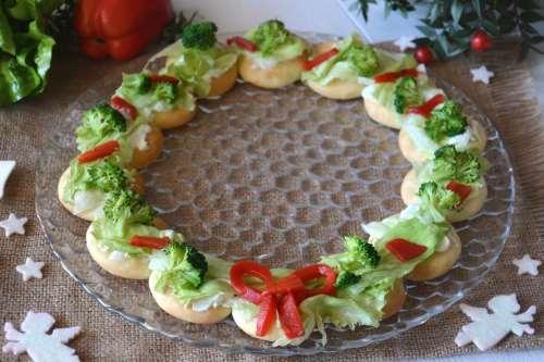Rustici ricette Ghirlanda salata