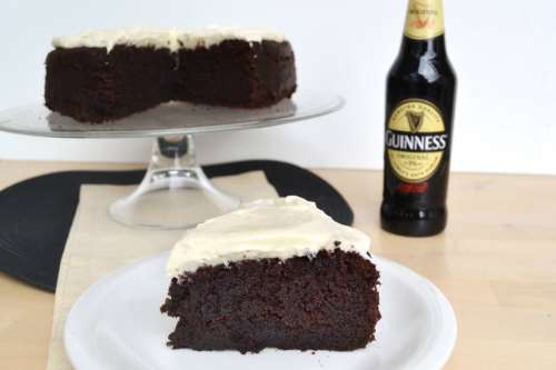 Torte di compleanno ricette Guinness cake