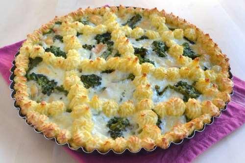 Ricette Torte salate Crostata di patate con broccoli e provola