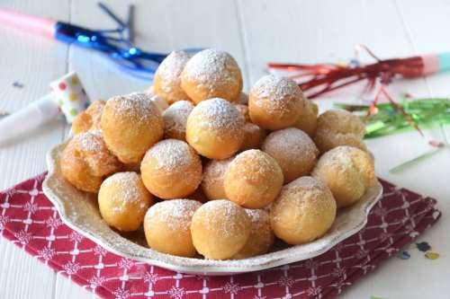 Dolci di Carnevale ricette Castagnole alla ricotta