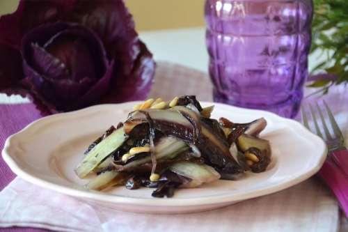 Contorni di verdure ricette Radicchio in padella
