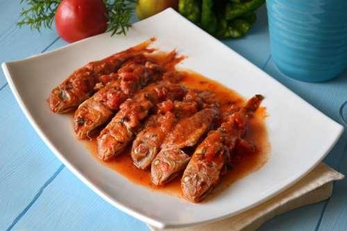 Piatti tipici toscani ricette Triglie alla livornese