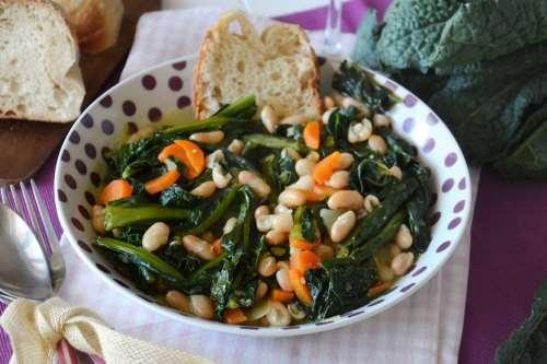 Minestre e zuppe ricette Zuppa di cavolo nero