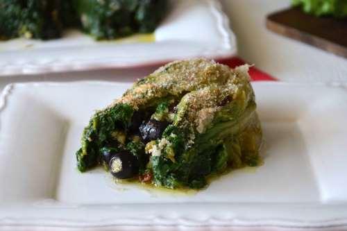 Ricette Contorni di verdure Scarola imbottita