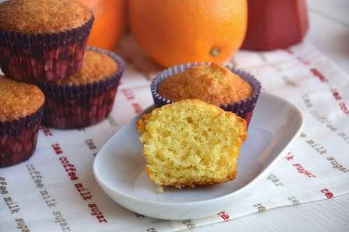 Muffin ricette Muffin all'arancia