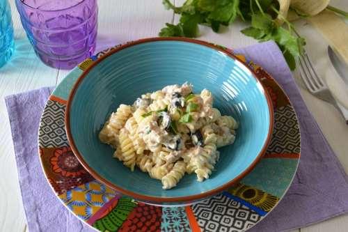 Ricette Primi di pesce Pasta con philadelphia e tonno