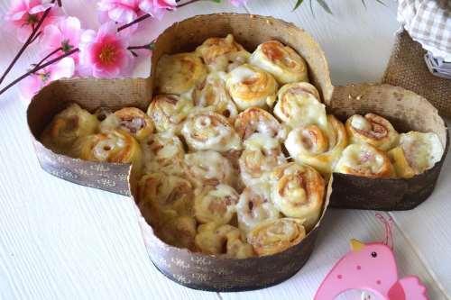 Ricette Finger food Colomba di rose di sfoglia