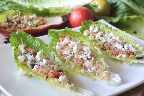 Insalate ricette Greek salad con quinoa