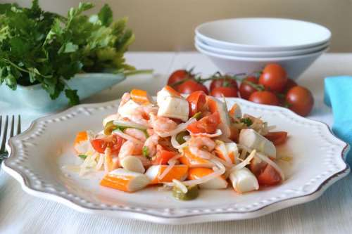 Insalate ricette Insalata di surimi