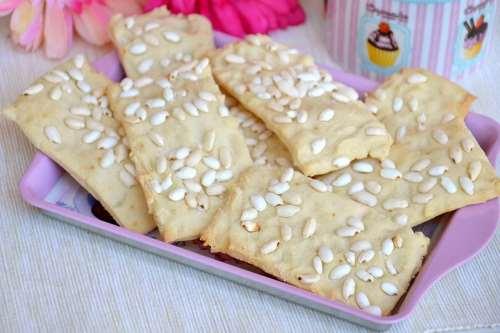 Ricette Pane e Brioches Crackers al riso soffiato