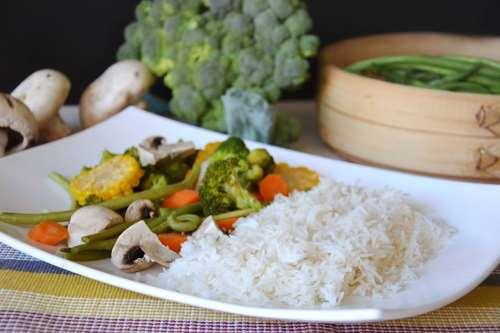 Senza glutine ricette Riso e verdure al vapore
