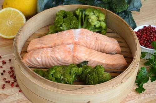 Secondi piatti senza glutine ricette Salmone al vapore