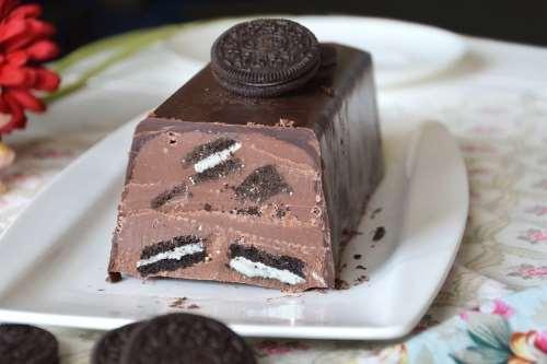 Dolci al cioccolato ricette Torrone Oreo