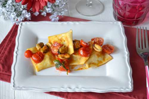 Ricette Primi piatti di pesce Ravioli di pesce