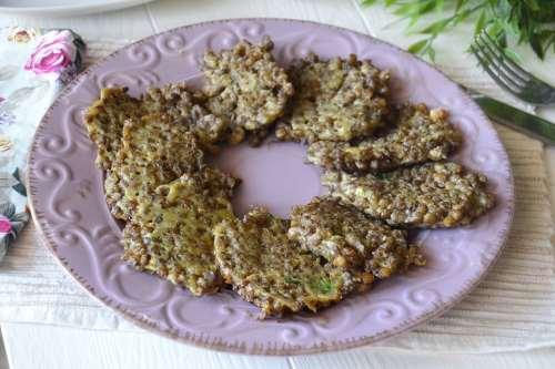 Finger food ricette Frittelle di lenticchie