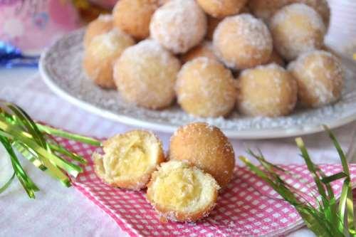 Dolci di Carnevale ricette Castagnole ripiene