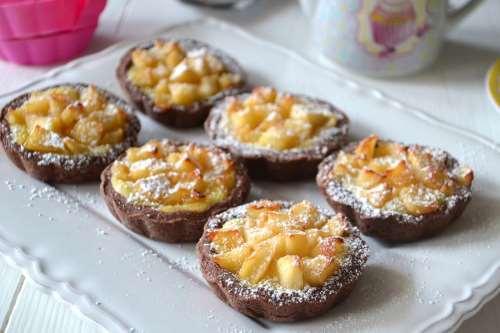 Dolcetti ricette Crostatine di mele
