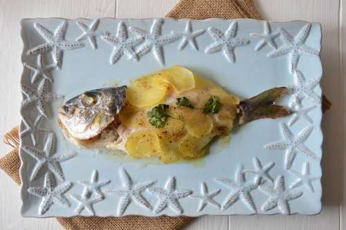 Ricette light Orata in crosta di patate