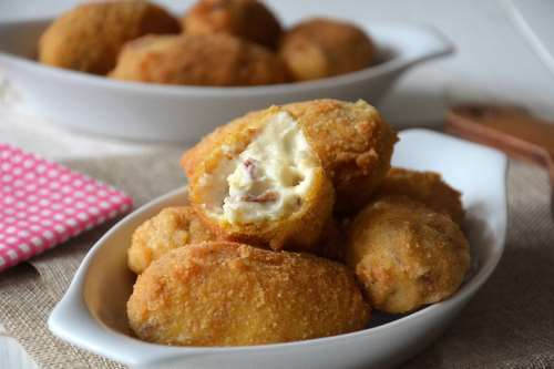 Finger food ricette Crocchette di jamon