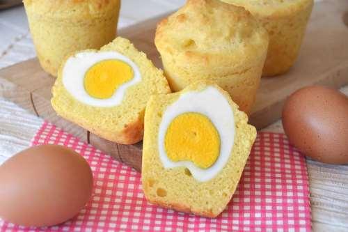 Ricette Muffin Muffin salati con uovo