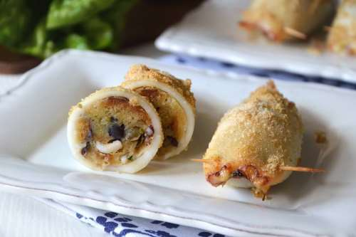 Ricette Secondi piatti Calamari ripieni al forno