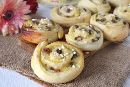 Ricette Pane e Brioches Girelle crema e uvetta