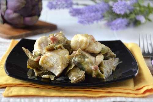 Secondi piatti ricette Pollo ai carciofi