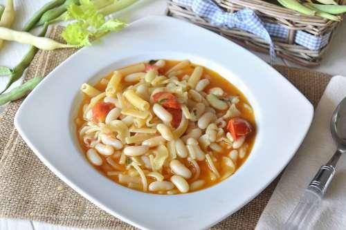 Ricette Vegetariane Pasta con fagioli spollichini